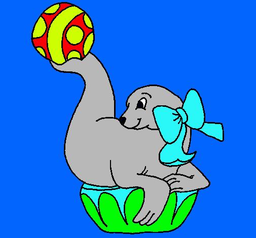 Dibujo de Foca jugando a la pelota pintado por Foca en Dibujosnet