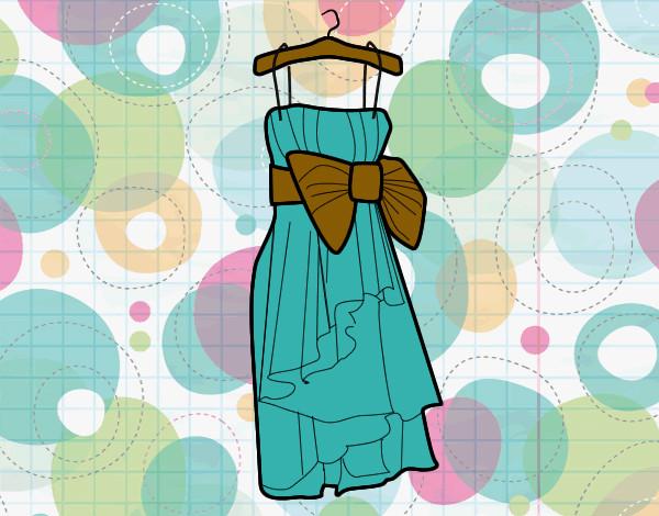 Dibujo de vestido xv aos pintado por Barbie005 en Dibujosnet el
