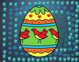 Huevo de Pascua con pájaros