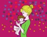 Madre cogiendo al bebé