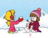 Niñas jugando con la nieve