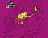Barbie escalando