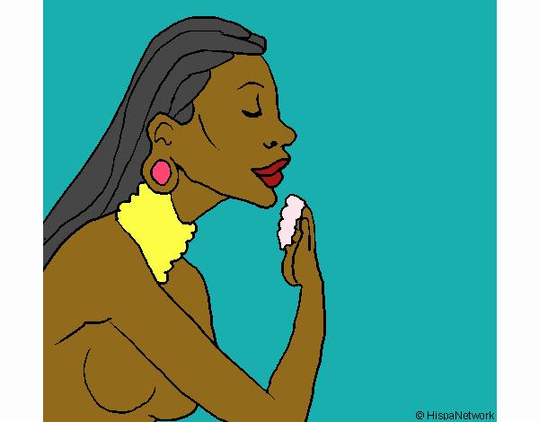 Mujer protegiendose la piel