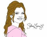 Selena Gomez con pelo rizado