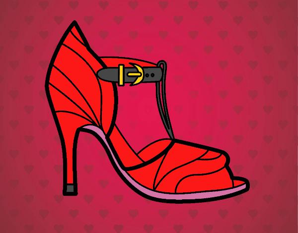 Zapato de tacón con punta destapada
