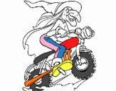 Bruja en moto