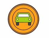 Entrada prohibida a vehículos de motor excepto motos de dos ruedas sin sidecar
