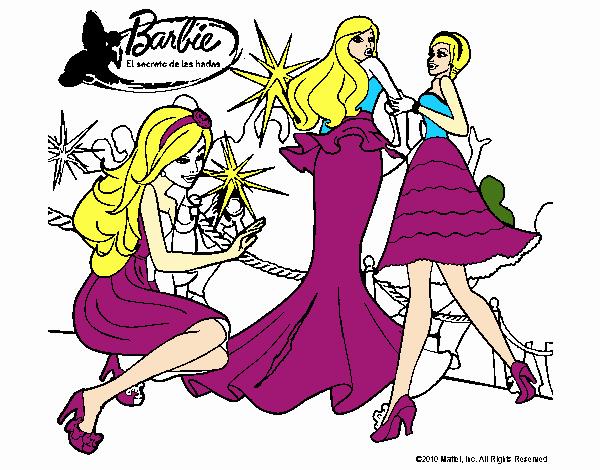 Dibujos De Barbie De Navidad.Dibujo De En Navidad Con Mis Amigas Pintado Por En Dibujos