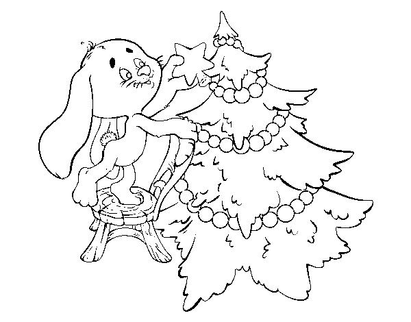 Dibujos Para Colorear Arboles Navidenos: Dibujo De Conejo Decorando El árbol De Navidad Para